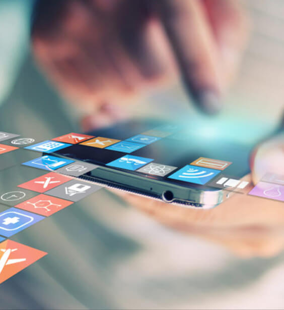 Mobilfejlesztő (iOS és/vagy Android)